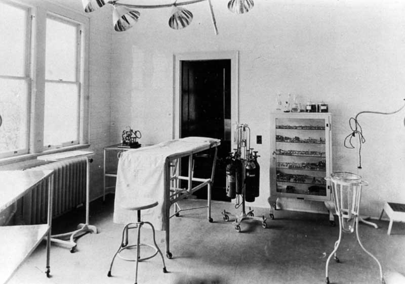 Operating room at General Hospital at 206 East Brown St., East Stroudsburg, circa 1923.