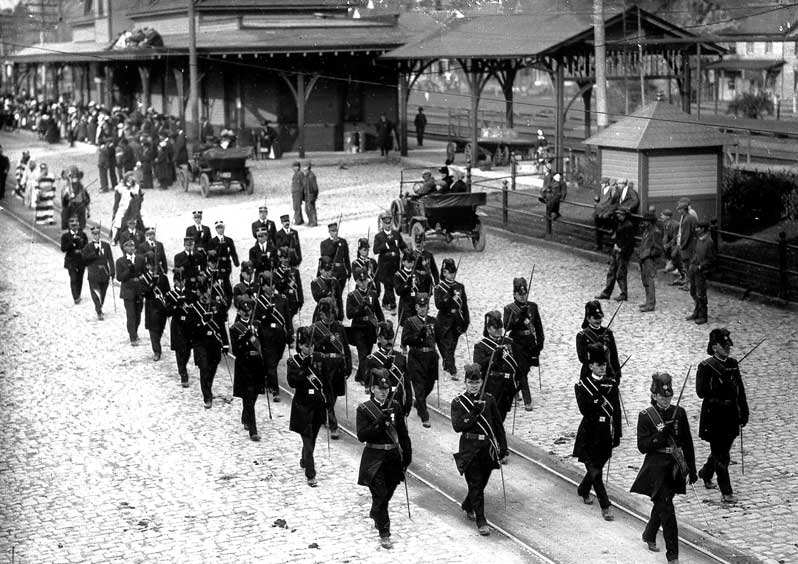 Knights of Malta parade by the East Stroudsburg Railroad Station on Crystal Stsreet, circa 1915.