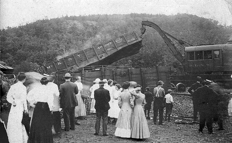 Analomink train wreck in 1910.