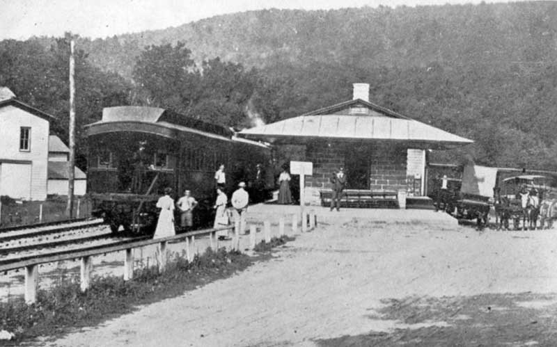 Delaware Valley Railroad Station, Bushkill.